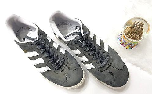 39 נעלי אדידס אפורות Adidas I