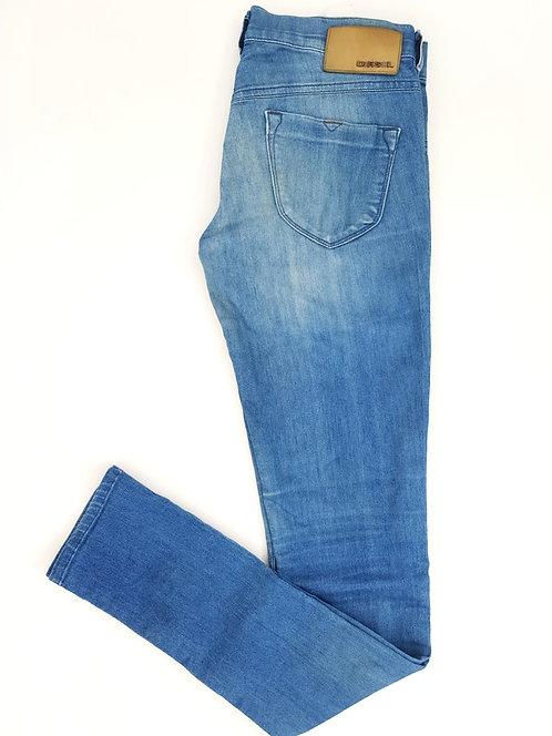 ג'ינס תכלת ווש בגזרה נמוכה M I DIESEL