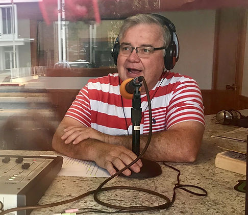 Dr. Dennis Ellison hosts a radio show about dentistry