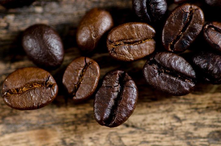 Arabica-and-Robusta-Beans.jpg