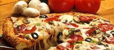 Leckere Pizzen in verschiedenen Variationen im ROMA Naters.