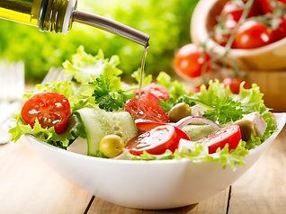 Frische Salate im ROMA Naters am Fusse der schönen Belalp.