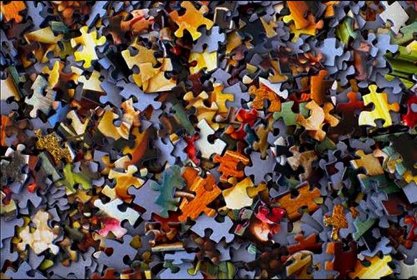 Puzzle%20pieces_edited.jpg