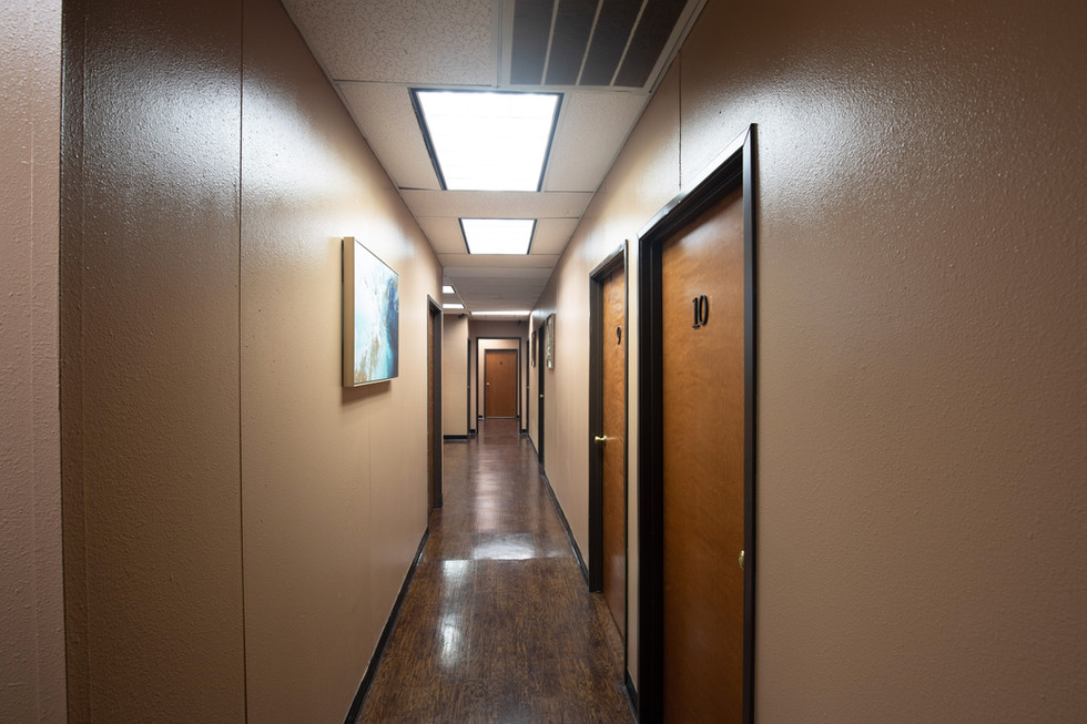 Bufford Salon Suites Hallway to SuitesJP