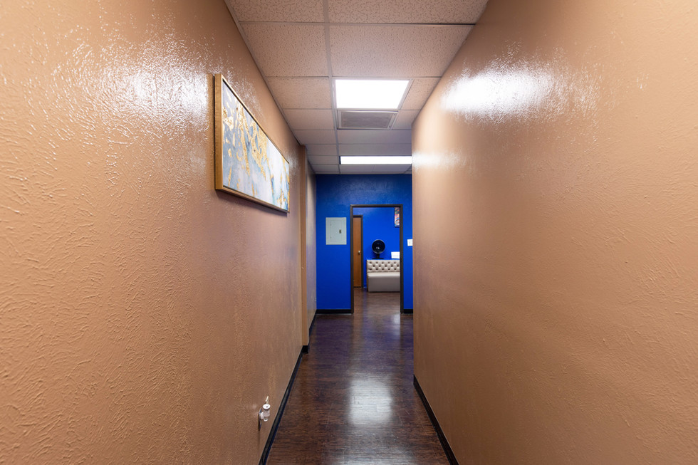 Bufford Salon Suites Hallway