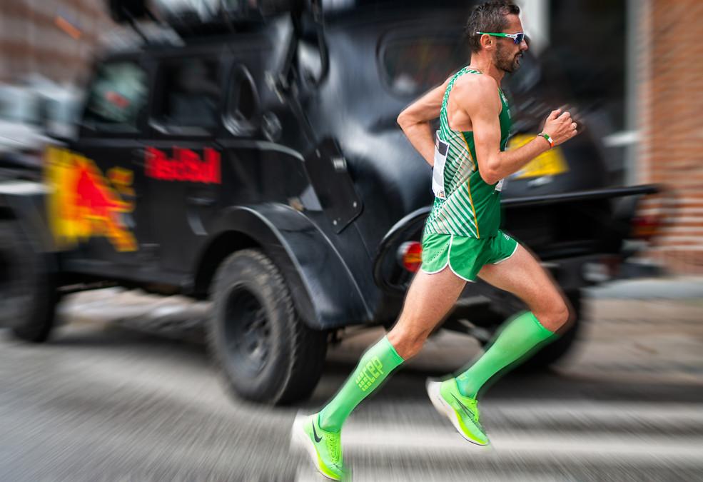 photos_joe_takes_marathon1.jpg