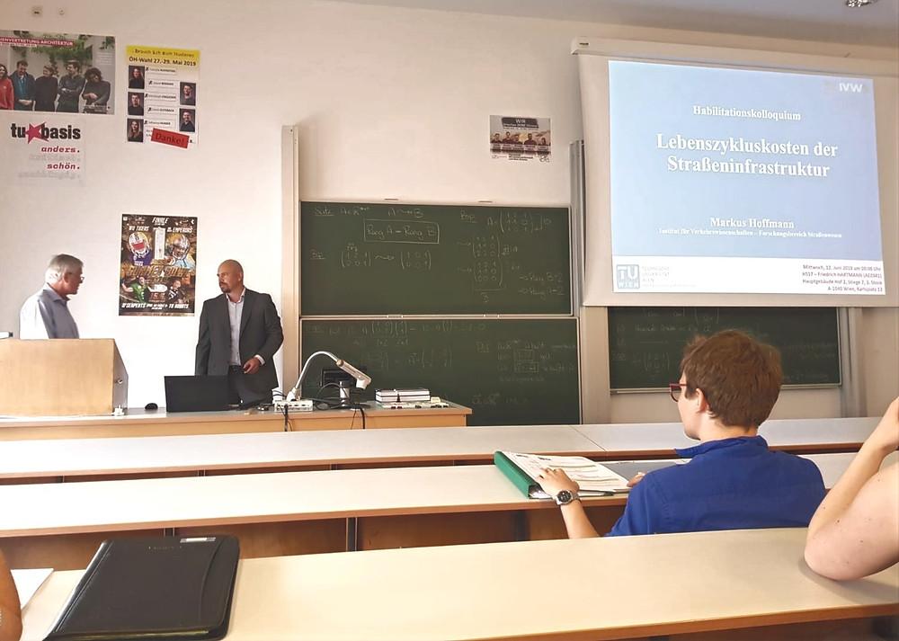 Prof. Norbert Ostermann und Markus Hoffmann