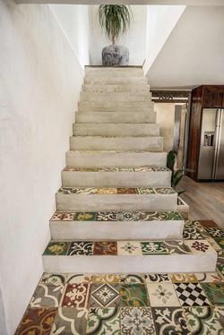 VILLA-Encaustic-Stairs-Front