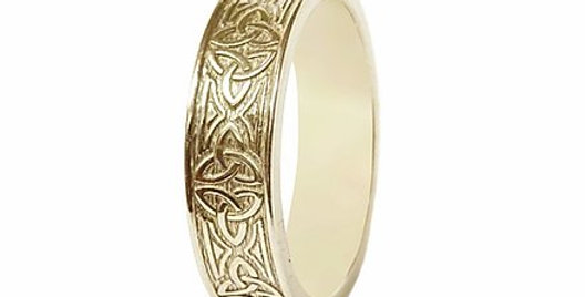 Signature Trinity Knot Wedding Band