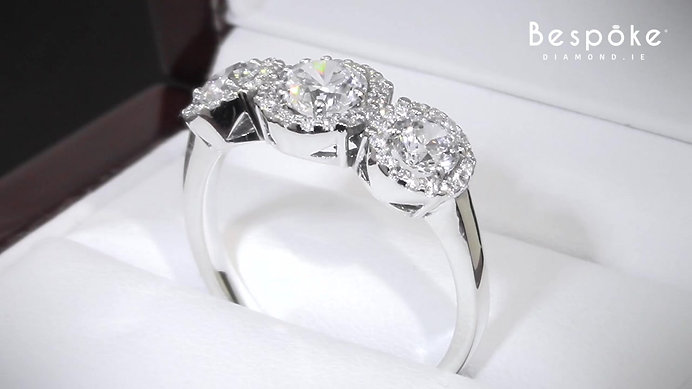 Contemporary Style Trilogy Ring