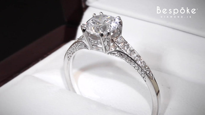 Antique Art Deco Style Engagement Ring