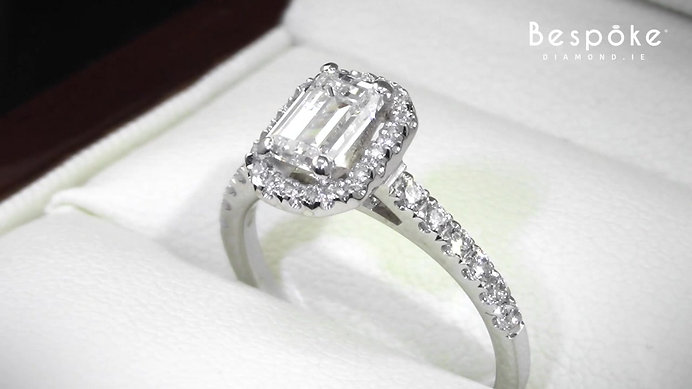Emerald Cut 0.86ct Diamond Ring