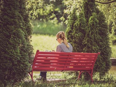 Zestarzeje się pani na tej ławce rezerwowych, czyli Era Tindera