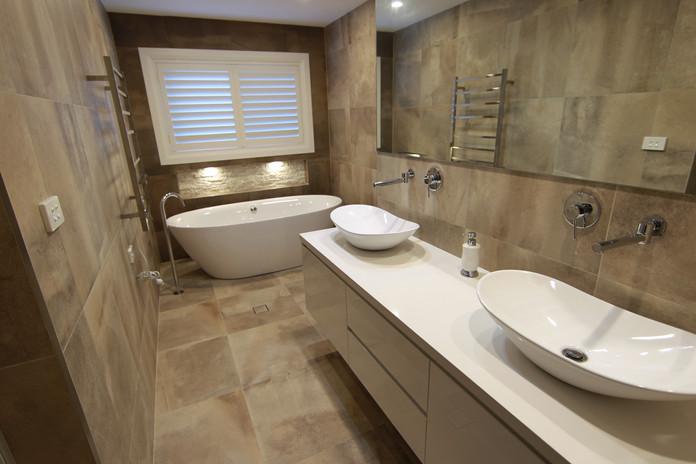 N.Bay Bath 2.JPG