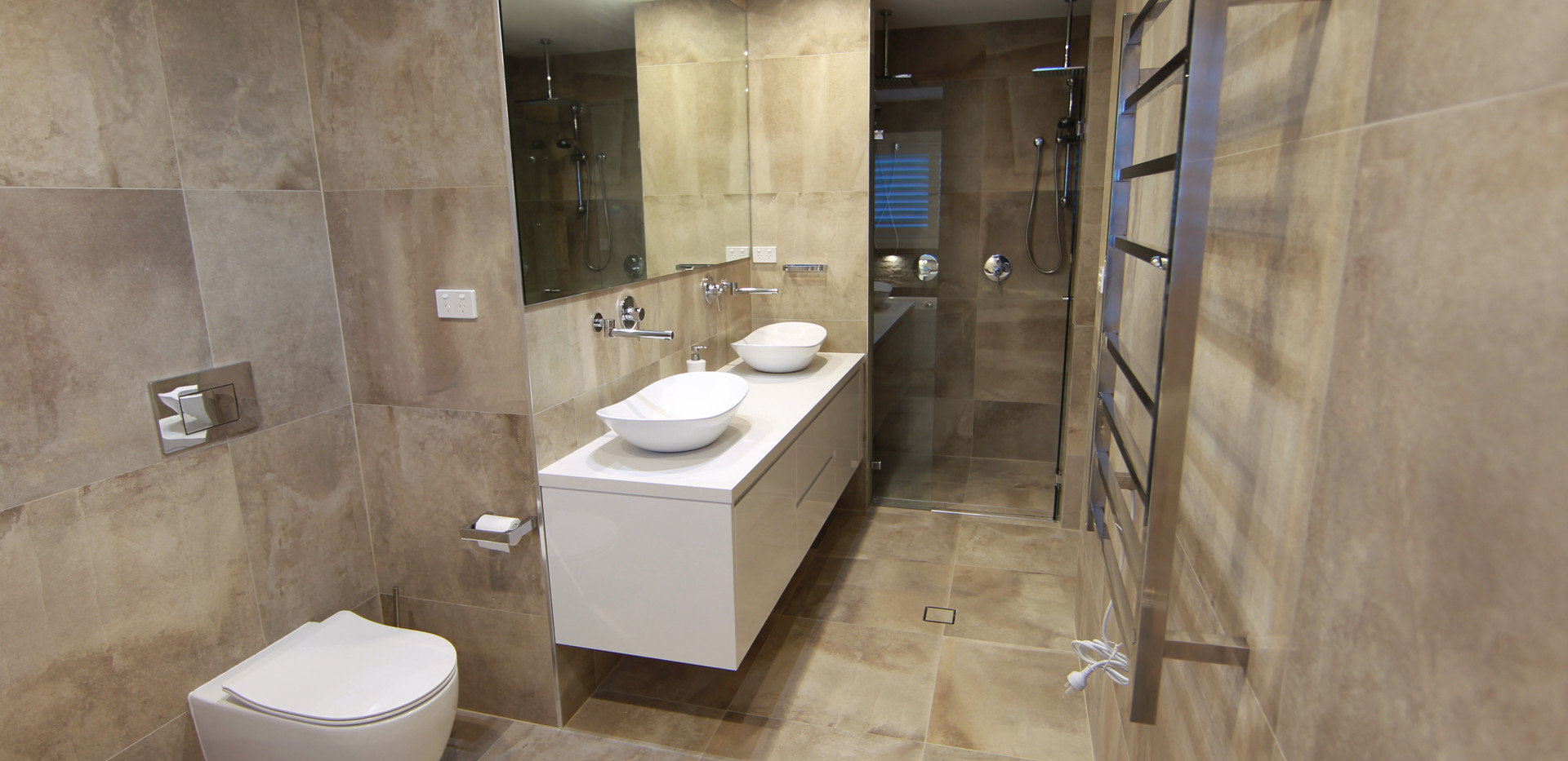 G.F bathroom #1.JPG