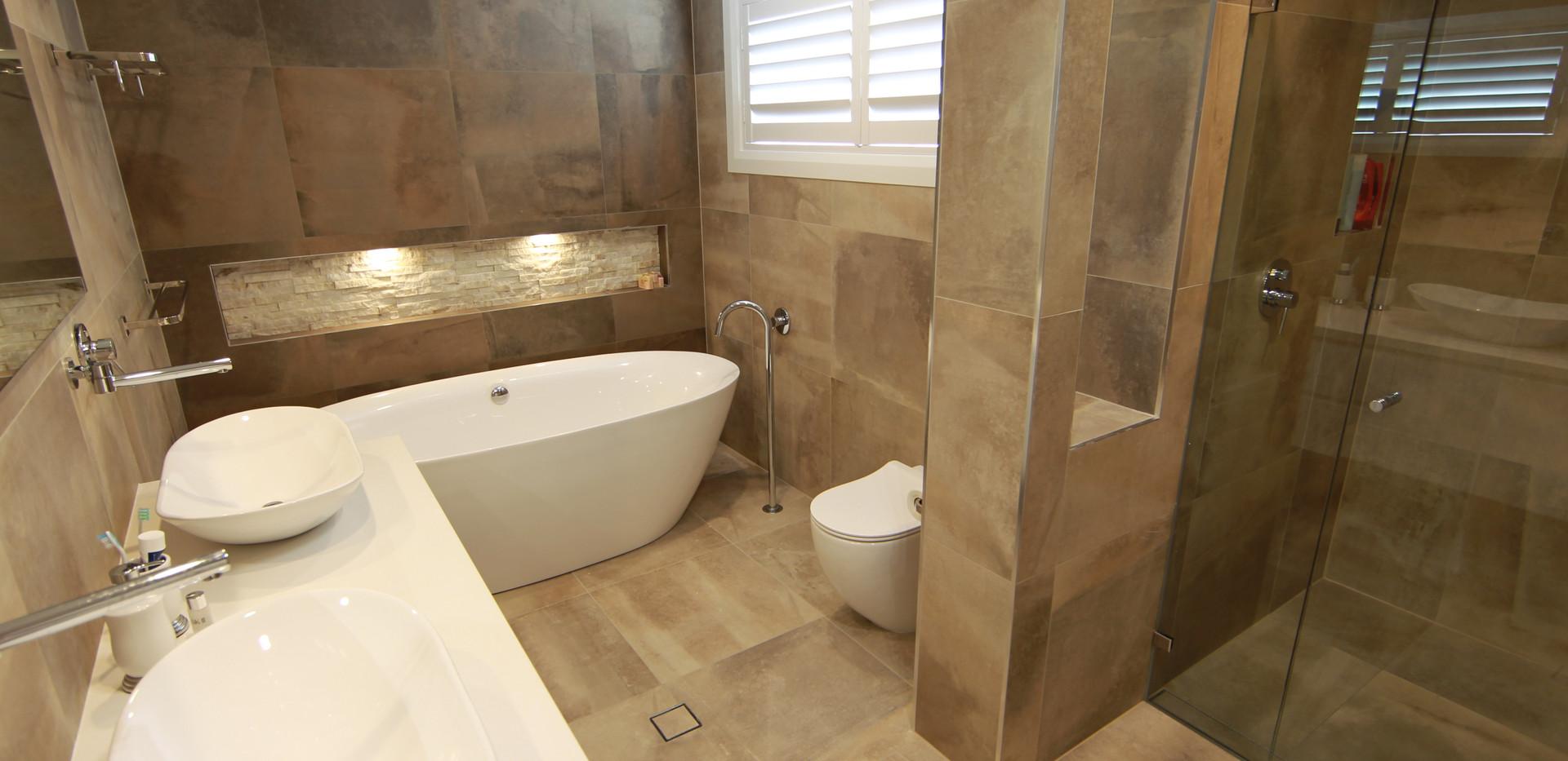 N.Bay bath 1.JPG