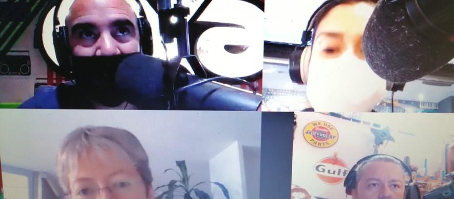 Con Los Papayos en EXA FM.