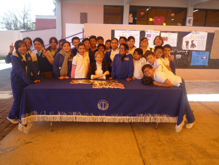 Visita a escuela Dolores Correa Zapata