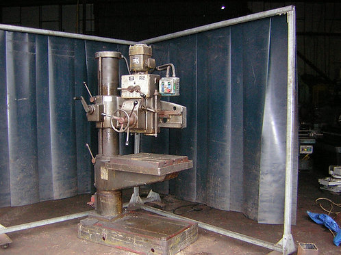 QUALTERS and SMITH 2ft RADIAL DRILL