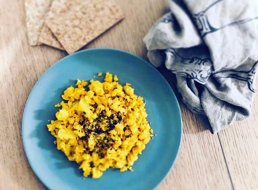 Cous cous di cavolo alla curcuma: ricetta light e gustosa