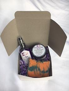 Gift Box - S.JPG