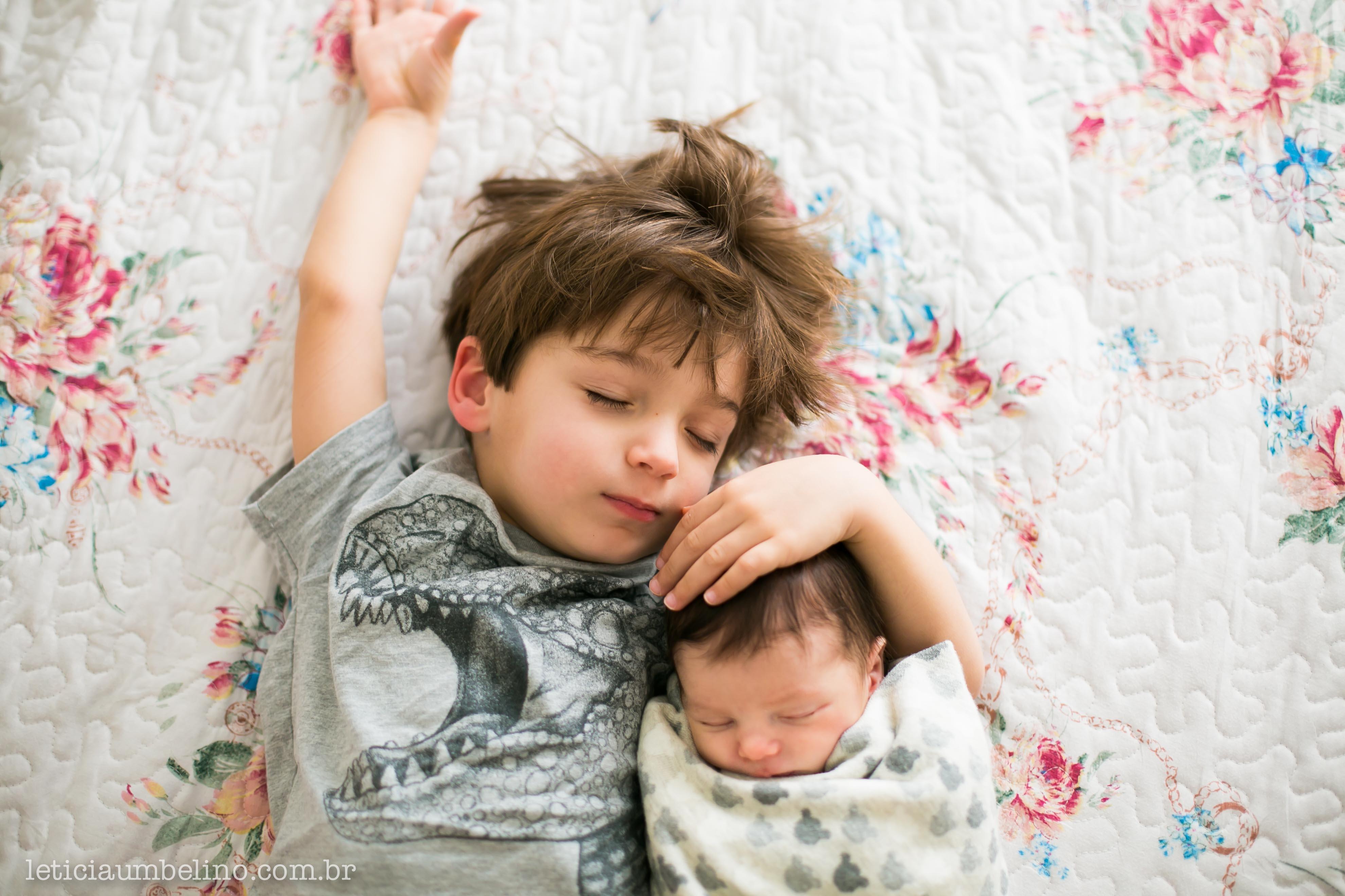 ensaio-newborn-recem-nascido-fotografia-foto-fotos-fotografo-fotografa-sp-sao-paulo-em-casa-lifestyl