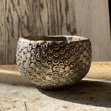 銀彩螺髪茶碗