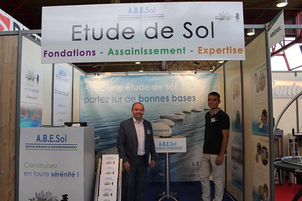 Cyril Chapuy et Christophe Cazaly sur le stand Abesol
