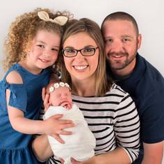 Newborn family photogrpaher