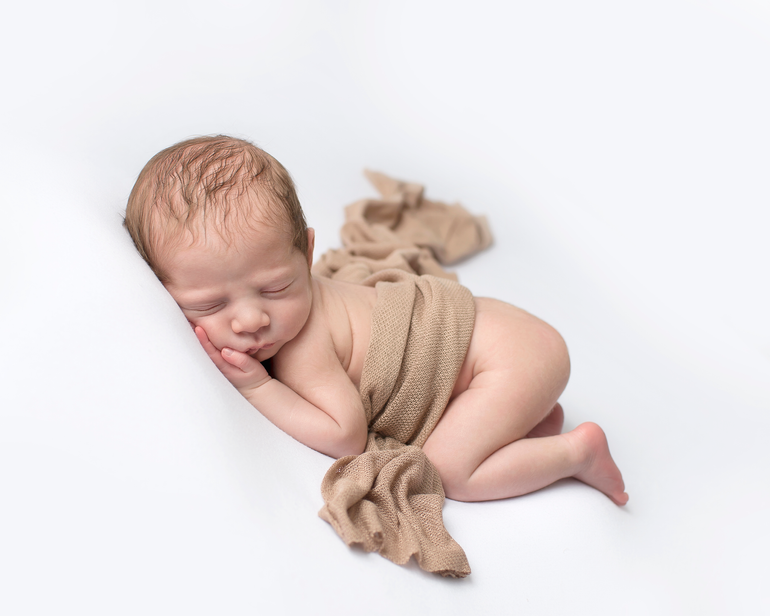 Silvano | Ohio Newborn Photography