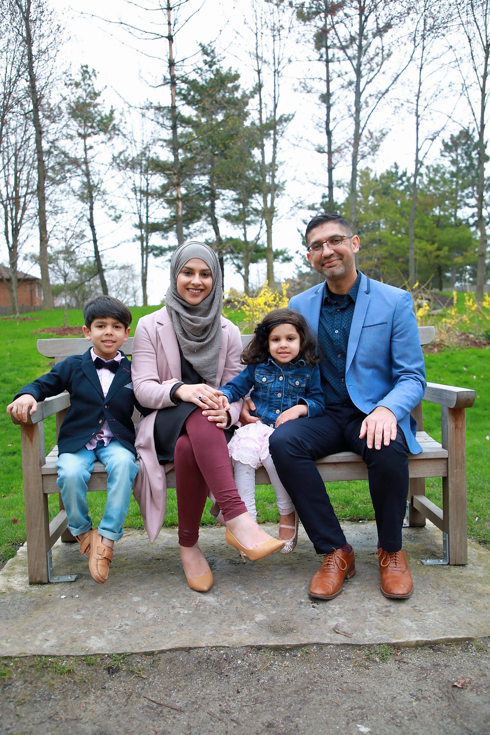 Sukaina Dada with family, Executive Director of SMILE Canada, feature story by Brilliant-Online
