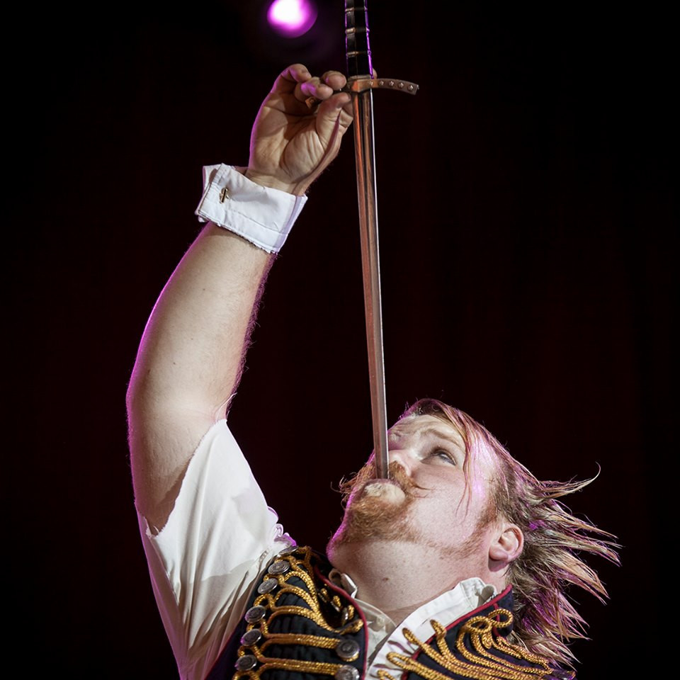 Gordo Gamsby, daredevil, entertainer, feature story by Brilliant-Online
