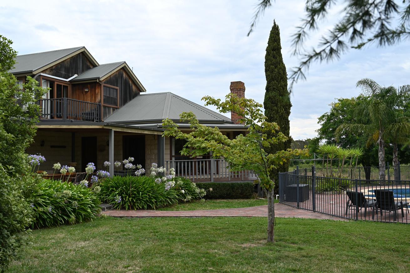 Yering Farm - The George - Backyard & Po