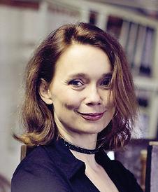 Ulla Pilz, Regie, Sopran; Suppé - Die schöne Galathée, Massenet - Das Bildnis der Manon (Le Portrait de Manon), Haydn - Der Apotheker (Lo Speziale)