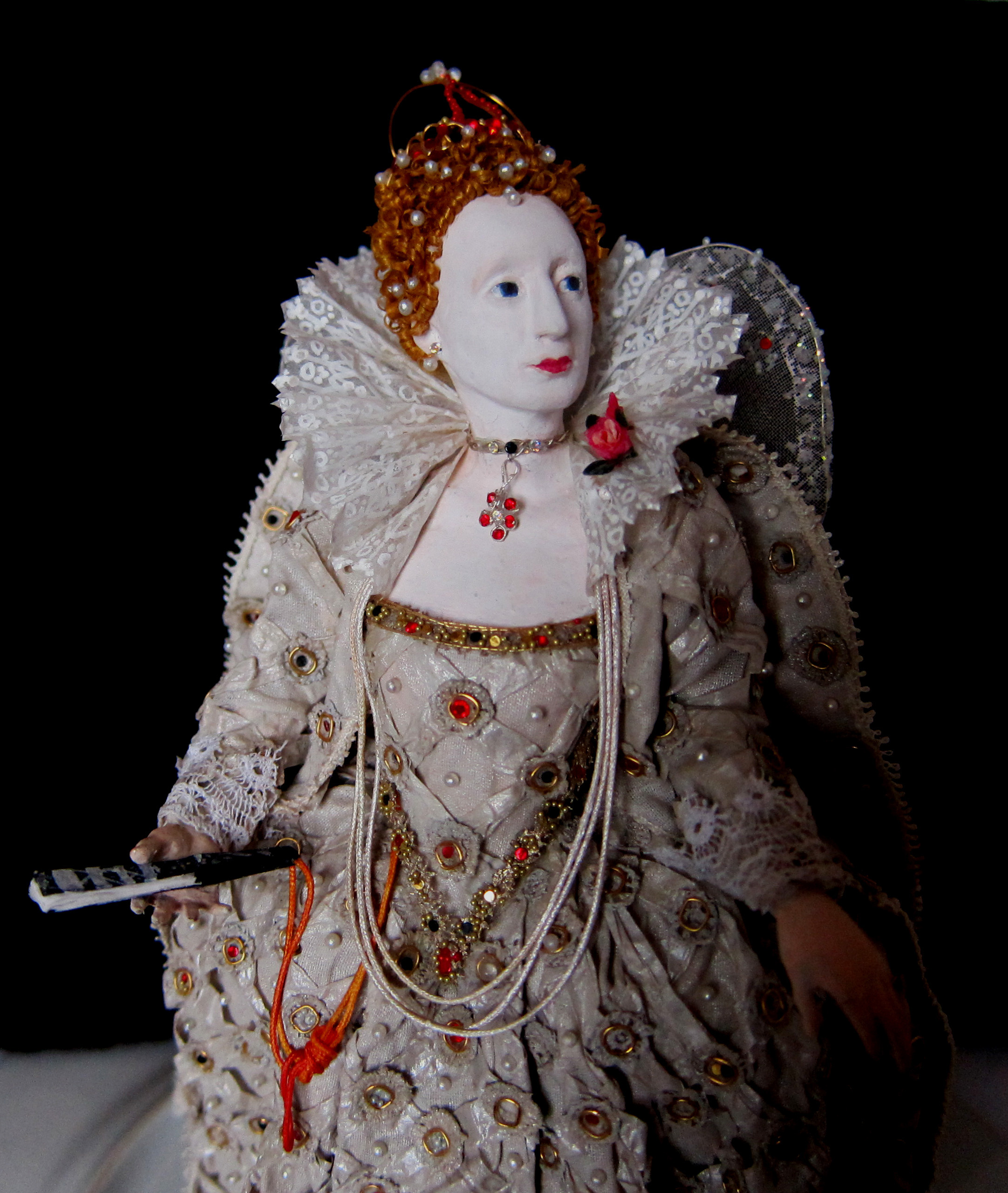 Elisabeth I in the Ditchley Dress