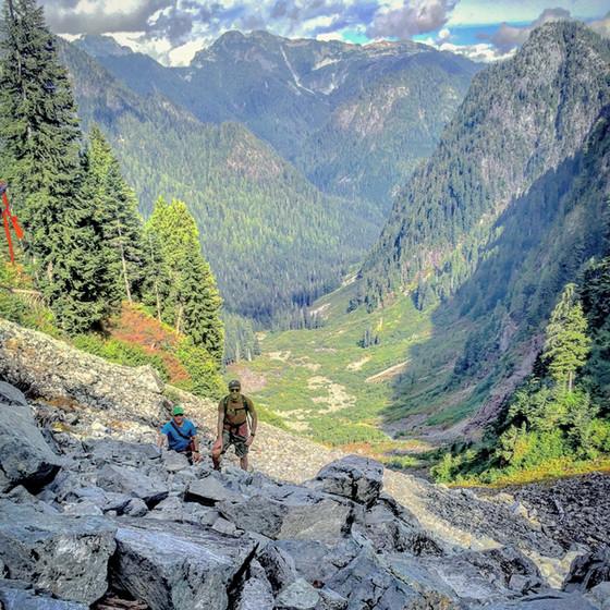 #GetOutside: Hanes Valley Hike