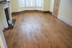 Solid oak floor finished with HW oil