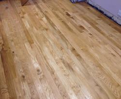 Solid oak strip flooring