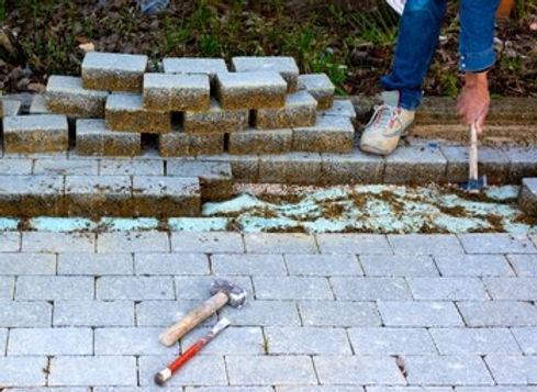 maintenance-work-on-paving-interlocking-