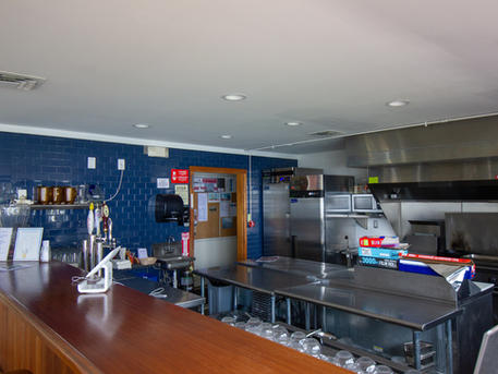 CLUBHOUSE & KITCHEN