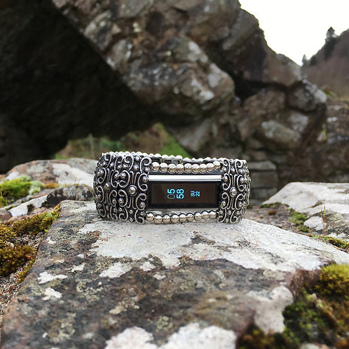 FitBit® Alta Cover Bracelet: Antique Silver Sandringham Scroll with Window