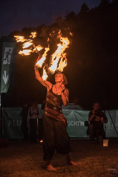 Burningbeach2017-2197-2k