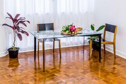 mesa suçuarana e cadeira gaivota