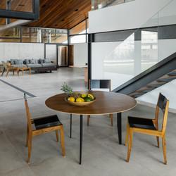 cadeira gaivota e mesa aranha
