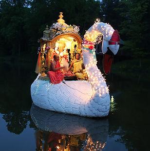 swanboat2.jpg