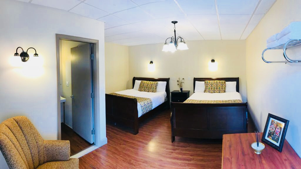 Double Queen Room with attached Bathroom