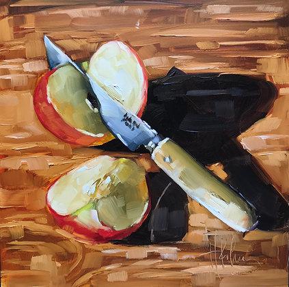 Apple w Knife