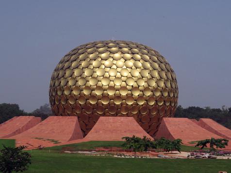 Hourra Auroville !