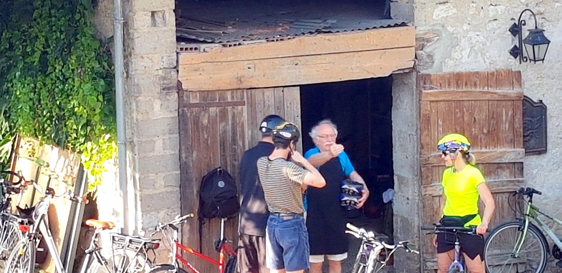 Le garage à vélos et les conseils