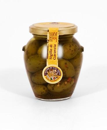 dilillo-olives-leccino.jpg